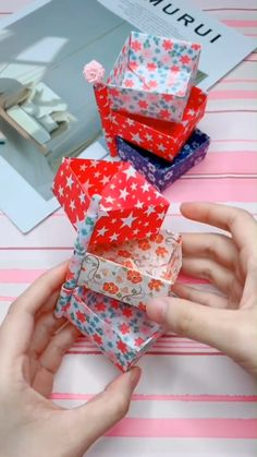 Bastelideen A simple tutorial to show you how to DIY paper storage box. If you love our work, please Diy Crafts Hacks, Diy Crafts For Gifts, Diy Home Crafts, Diy Arts And Crafts, Creative Crafts, Diy Projects, Diys, Paper Crafts Origami, Paper Crafts For Kids