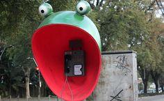 "Sao Paulo public art project : 100 artists decorating phone booths throughout the city entitled, ""Call Parade"". (""Boca do Sapo"", feito por Eloi de Souza)"