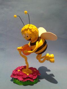 Fofucha abeja maya  Elena Cardona