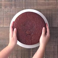 Recipe for Red Velvet Cheesecake Cake - 2 layers of red velvet with a layer of…