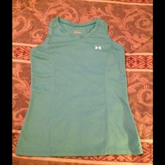 Ladies Under Armour Tank Green Size Small Ladies Under Armour Tank Green Size Small Under Armour Tops Tank Tops