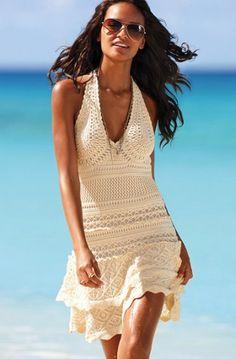 Imprescindibles de verano: Vestido de crochet - Estás de Moda: Revista de moda para mujeres y hombres