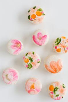 DIY Floral Macarons