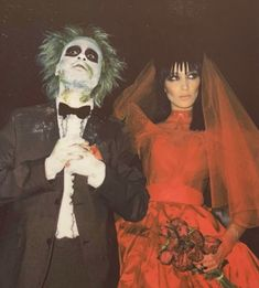Bella Hadid and The Weeknd as Lydia and Beetlejuice - The Best Celebrity Halloween Costumes You'll Want to Copy - Photos Get inspired for Halloween with these celebrity costumes! Celebrity Couple Costumes, Best Celebrity Halloween Costumes, Best Couples Costumes, Celebrity Couples, Celebrity Photos, Celebrity News, Funny Couple Halloween Costumes, Couple Halloween Costumes For Adults, Diy Halloween