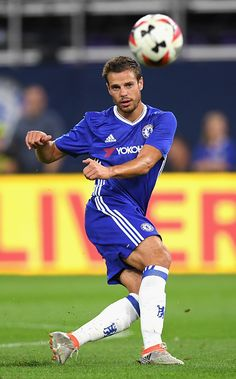 Cesar Azpilicueta of Chelsea in action during the 2016 International Champions… Chelsea Fc Players, Chelsea Fans, Chelsea Football, World Football, Football Players, International Champions Cup, Premier League Champions, Vancouver Island, Blues