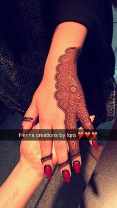Stylish Mehndi Designs, Mehndi Design Pictures, Mehndi Art Designs, Beautiful Mehndi Design, Latest Mehndi Designs, Henna Tattoo Designs Simple, Mehndi Designs For Fingers, Simple Henna, Henna Tattoo Hand