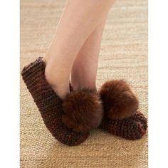 Free Beginner Women's Slippers Knit Pattern
