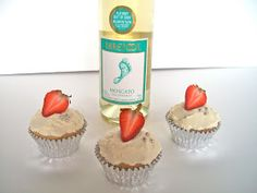 Brooke Bakes : Moscato Cupcakes