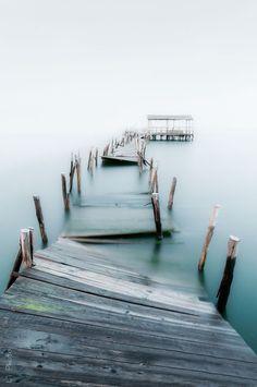 Underwater Dock - Nikki Gold Photo Galleries - Mermaid-rebellion.com