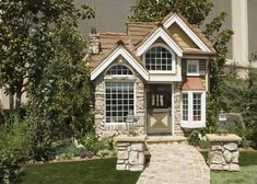 I realize I am a grown adult with my own home but this playhouse just is amazing and I would probably never leave it!