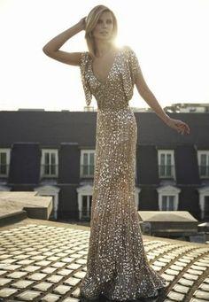ooolala. I need a reason to wear a dress like this!