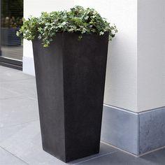 Cadix Capi Lux Taperered Planter - Black | Internet Gardener