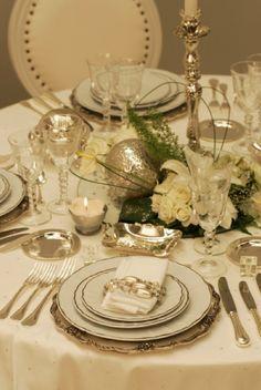 art de la table luxe Pour plus d' inspiration visite www.ideesdecomaison.ch #homedecorideas #decoration #noel