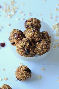 No Bake Pumpkin Spice Energy Bites | Healthy Snack