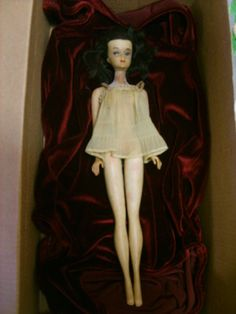 haunted doll Bell Witch, Haunted Objects, Scary Dolls, Haunted Dolls, Very Scary, Lisa S, Old Dolls, Paranormal, Barbie Dolls