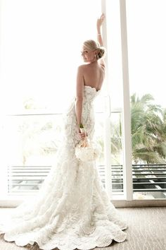 Beautiful lace dress #wedding #dress #lace #white #inspiration #details