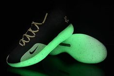 best website 88eb2 31ec2 Glow In The Dark Nike KD 11 Black White-Yellow Men s Size-2 ビーチ