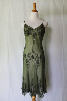 PAPELL BOUTIQUE Green Silk Sequin Beaded 1920's Flapper Gatsby Deco Gown P 4 NEW #AdriannaPapell #Sheath #Cocktail
