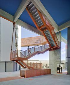 Galería de 118 Viviendas de promoción pública, oficinas, locales comerciales y garaje / Amann Canovas Maruri - 39