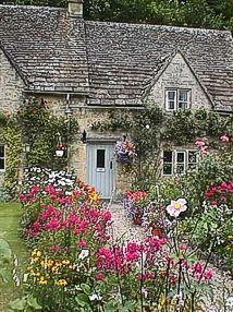 A storybook cottage garden Stone Cottages, Cabins And Cottages, Stone Houses, Cute Cottage, French Cottage, Cottage Style, Storybook Homes, Storybook Cottage, Cottage Living