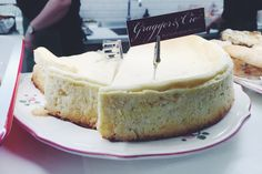best cheesecake in town by gragger & cie Best Cheesecake, Snacks, Organic Recipes, Camembert Cheese, Vegetarian, Lunch, Vegan, Healthy, Desserts