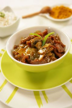 #stew #recipes #beef This tasty little bowl is full of delicious beef and mushrooms. It is a very simple Asian dish with a delicious sauce. You can serve it as w...