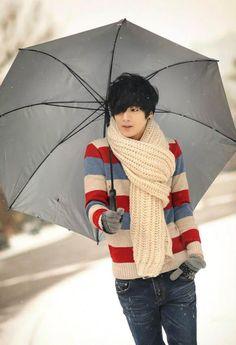 Won Jong Jin, Plaid Scarf, Winter, Fashion, Winter Time, Moda, Fashion Styles, Fashion Illustrations, Winter Fashion