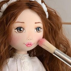 makyaj by @mybelladolls . .#tilda #moda #evdekorasyonu #bebek #bezbebek #hediye #elyapımı #dekoratif #tildadoll #bebekodasi #instadoll #doll #10marifet #handmadedoll #sweethome #textildoll #sewing #dikiş #home #mybelladolls #handmade #кукларучнойработы #fashion #style#encontrandoideias #bezbebekler #dolldress #dolldresses #dolldress #dollbody