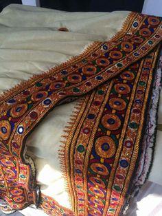 Sindhi embroidery by soomra womens Hand Embroidery Dress, Embroidery Works, Embroidery Suits, Embroidery Designs, Garba Dress, Balochi Dress, Afghani Clothes, Baby Frocks Designs, Kutch Work