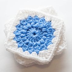 Sunburst Granny Squares - free crochet pattern at Thrifty Below