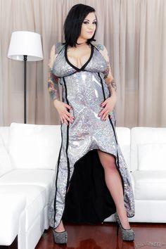 Scarlet LaVey Nude Photos 16