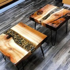 DIY Wood Projects ideas are an easy and innovative way to decorate your home. Check out thse easy Woodworking projects DIY ideas below. Wood 35 DIY Wood Projects ideas to make all by yourself - Hike n Dip Unique Coffee Table, Diy Coffee Table, Coffee Table Design, Diy Table, Coffee Table Chairs, Stone Coffee Table, Lamp Table, Wood Resin Table, Epoxy Resin Wood