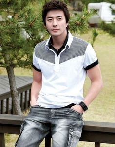 Kwon Sang-woo (권상우) - Picture @ HanCinema :: The Korean Movie and Drama Database Kwon Sang Woo, Daejeon, 1976 Movies, Almost Love, Sad Love Stories, Into The Fire, Sister In Law, Asian Hotties, Asian Boys