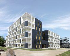 Les Patios Erdre Porterie, 13 Rue Claude et Simone Millot, 44300 Nantes, France / Jacques Boucheton Architectes