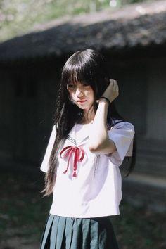Japanese Girl Cute, Cute Korean Girl, Cute Asian Girls, Cute Girls, School Girl Japan, Japan Girl, Girl Faces, Japanese School Uniform, Schoolgirl Style