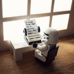 https://flic.kr/p/kSdkXn | The Saga Begins | It was a lovely sunny day outside, so I stayed indoors and took photos of LEGO Stormtroopers. As you do.