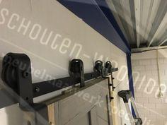 kastenwand schuifdeursysteem loftdeur plafond schuifdeurrails