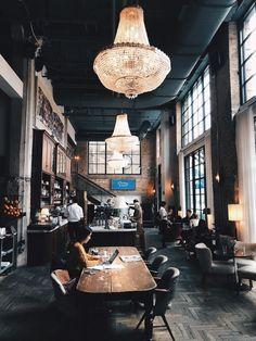 ELVIS PRESLEY MAT LABEL BAR RUNNER IDEAL HOME PUB CAFE OCCASION