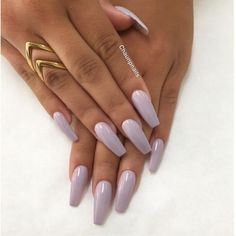 Love the color and shape @chaunpnails #vegas_nay