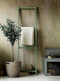Japanese Aesthetic: 35 Wabi Sabi Home Décor Ideas - DigsDigs Wabi Sabi, Scandinavia Design, Diy Casa, Ideas Para Organizar, Decoration, Ladder Decor, Ikea Ladder, Indoor, House Design