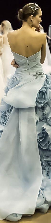 Monique Lhuilier Bridal