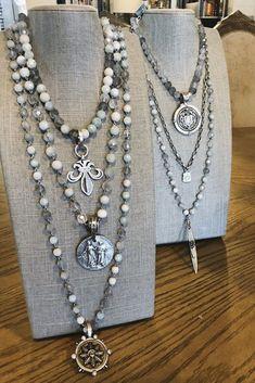 "2/"" Orange Medallion Abalone Necklace 14-16/"" Cords with Tassel /& Beads Hawaiian"