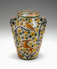 Italian Cantagalli maiolica cistern Italian Pottery, Renaissance Fashion, Glass Collection, Art For Sale, Handicraft, Vases, Auction, Sculpture, Mood