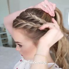 Reverse Tuck - 20 Elegant Vintage Updos - The Trending Hairstyle Cute Hairstyles For Medium Hair, Braided Ponytail Hairstyles, Medium Hair Styles, Braided Hairstyles, Curly Hair Styles, Quick Hairstyles, Braids For Thin Hair, Braiding Your Own Hair, Long Thin Hair