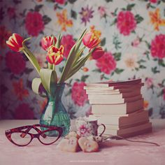 """""""""""Books are humanity in print."""""""" by Julia Dávila"""