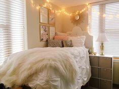 Gold dorm room ideas u white and pink metallic room board rhpinterestcom damask dorm bedding decor