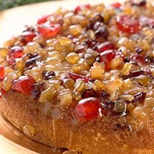 Christmas Upside-Down Cake: turn over a new holiday tradition: King Arthur Flour – Baking Banter Christmas Sweets, Christmas Baking, Christmas Fruitcake, Christmas Cakes, Xmas, Christmas Goodies, Food Cakes, Fruit Cakes, Cupcakes