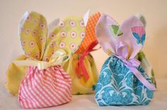 "Bunny Treat Bags - free pattern @ sew can she - each bag uses 4 x 5"" fabric squares & 16"" of ribbon"
