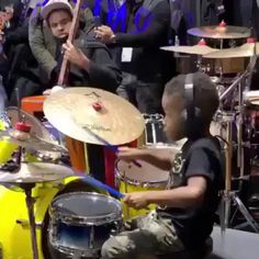 Video Show, Wow Video, Best Funny Pictures, Cool Pictures, Drum Solo, Videogames, 4 Year Olds, Cool Stuff, Funny Stuff