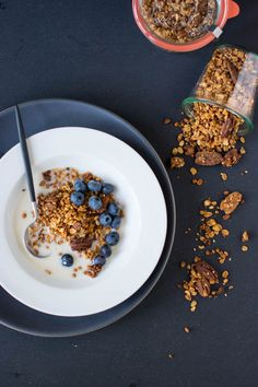 Peanut Butter Banana Bread Granola | Scaling Back